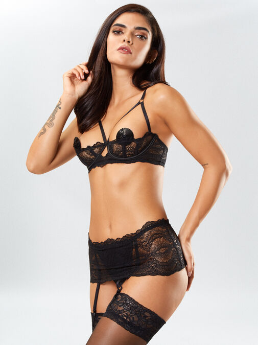 Ann Summers Kora Lace Bra and Crotchless Thong Set - small - black - Lingerie for Women